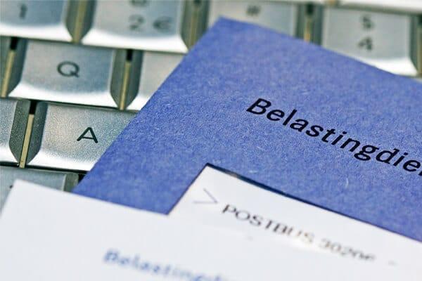 Belastingdienst - niebieska koperta