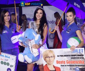 Miss w Rękach Miss Lata 2017 Kielce Echo Dnia Martyna Równicka Patronat KDF Podatki KinderGeld Zwrot Podatku z Zagranicy dla Polaków