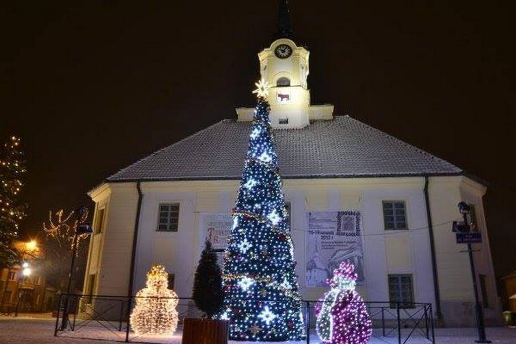 Bożonarodzeniowe oświetlenie - wygląda pięknie